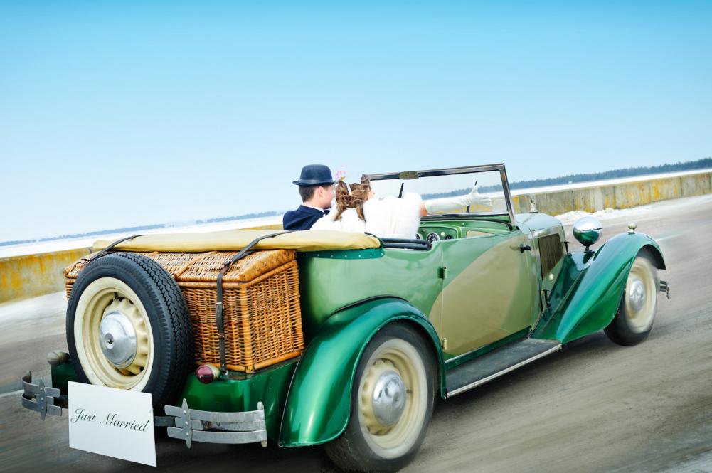 Wedding Rings & Champagne: 6 Out-of-The-Box Wedding Transportation Ideas!